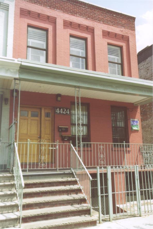 4424 Park Avenue
