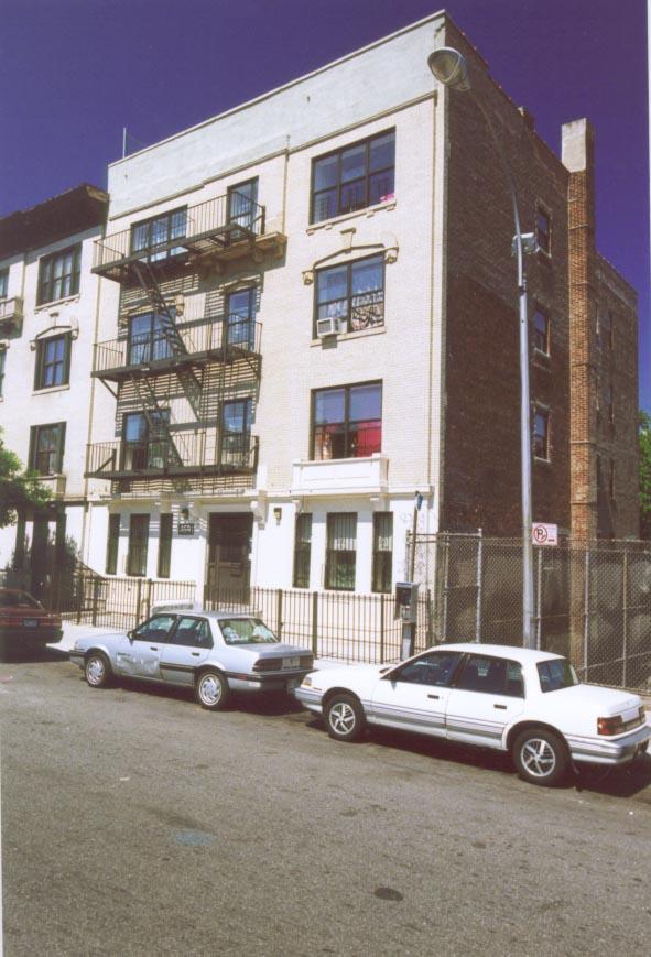4691 Park Avenue